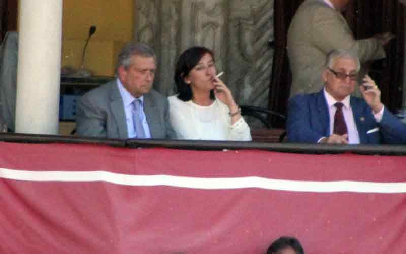 La presidenta Anabel Moreno, que aprobó la corrida impresentable.