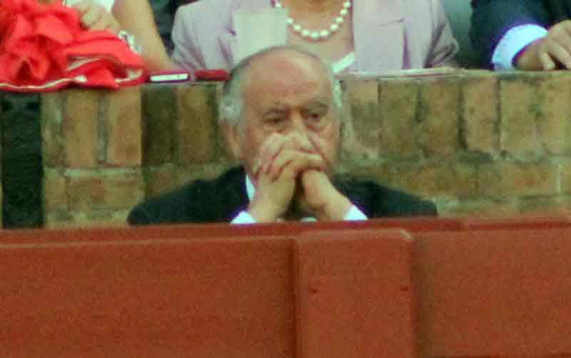 Ramón Valencia, ¿quizás rezando para expiar pecados?