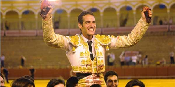 Pepe Moral en su reciente triunfo sevillano. (FOTO: López-Matito)