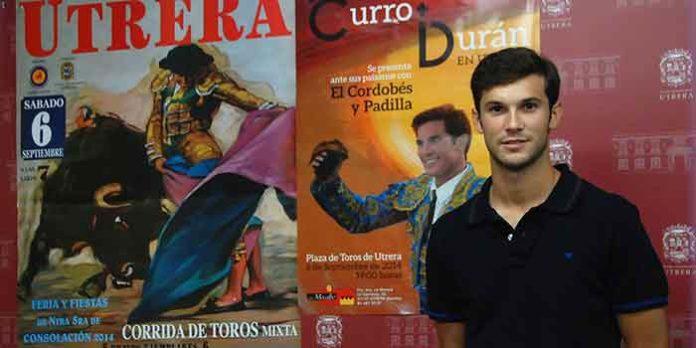 El novillero local Curro Durán, en la presentación del cartel de la Feria de Utrera. (FOTO: Brazo Mena)