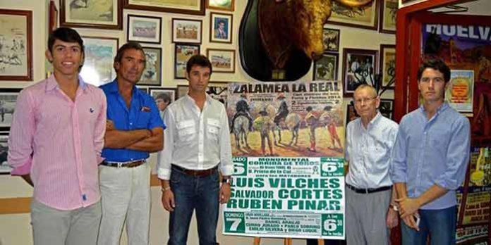 Los sevillanos Luis Vilches y Daniel Araujo asistieron a la presentación de los festejos de Zalamea. (FOTO: Víctor Palmar)