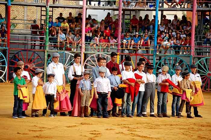 Los alumnos más jóvenes de la Escuela de La Algaba.