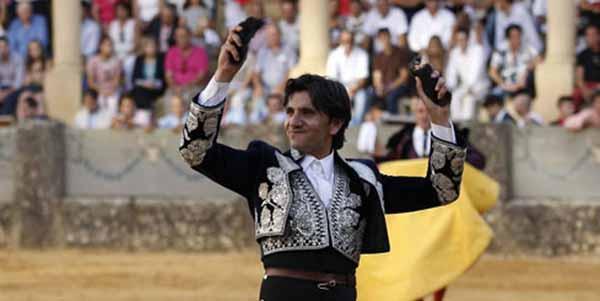 Diego Ventura, dos orejas hoy en Ronda.