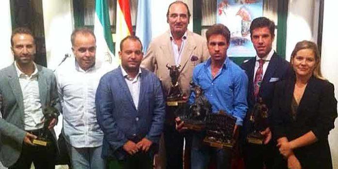 Acto de entrega de los trofeos taurinos de la Feria de La Algaba.