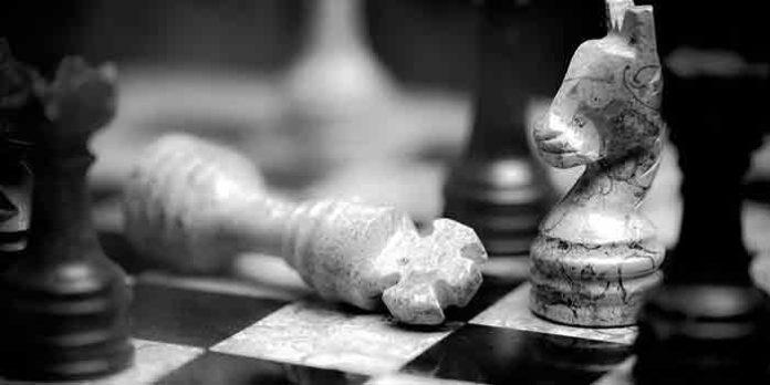 El campo de batalla entre los toreros y Canorea se libra como una estratégica partida de ajedrez en la que algunas piezas caerán sometidas.