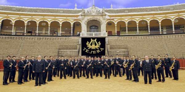 La Banda de Música del Maestro Tejera de Sevilla.