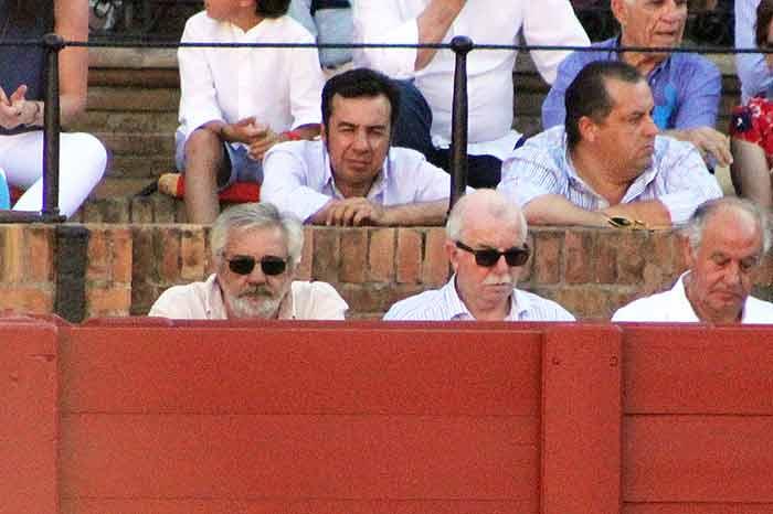 Eduardo Canorea quiso dejar claro que, hoy por hoy, manda él en Sevilla.
