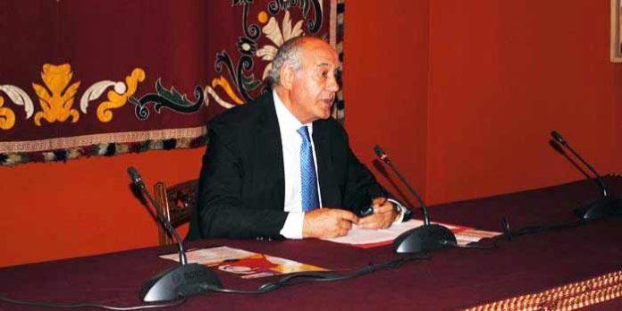 El empresario de la Maestranza, Ramón Valencia, en su primera rueda de prensa sin Eduardo Canorea. (FOTO: Toromedia)