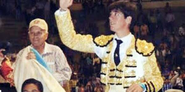Esaú Fernández, en su triunfo en la pasada Feria de Tovar (Venezuela).