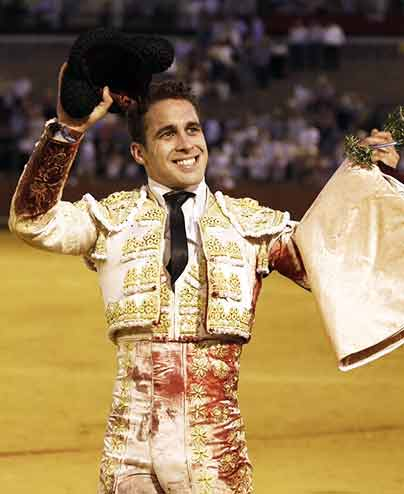El triunfador del festejo hoy en Sevilla, el sevillano David Martín (FOTO: Arjona)