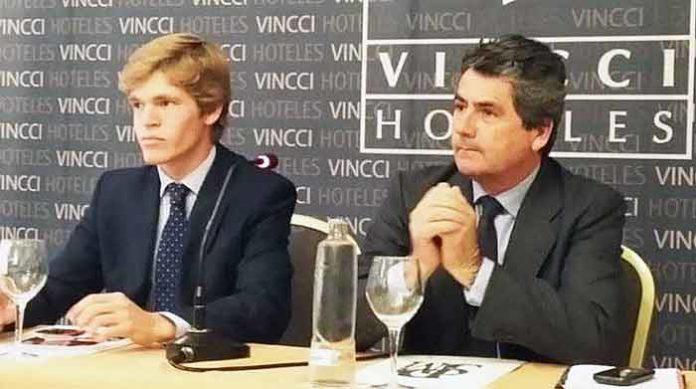 Borja Jiménez junto el hasta ahora su apoderado durante los dos últimos años, Tomás Entero.