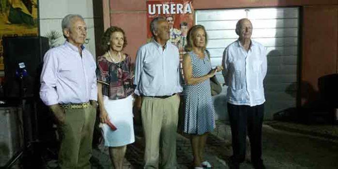 imagen del acto de homenaje a la casa Guardiola en Utrera.