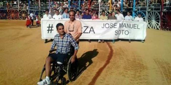 El banderillero José Manuel Soto, en el homenaje del mes pasado en la Feria de su pueblo, La Algaba.