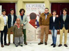 Presentación del cartel en La Puebla del Río hoy viernes.