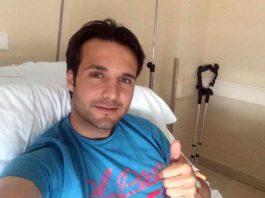 l sevillano Antonio Chacón, recuperándose de la operación en una clínica madrileña.