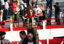 Manuel Escribano, a hombros hoy domingo en Aignan.
