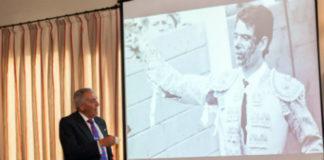 Ramón Vila, durante su charla en el Club Tenis Betis.