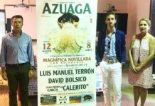 El novillero sevillano Juan Pedro 'Calerito' asistió en Azuaga a la presentación del cartel de su debut con picadores.